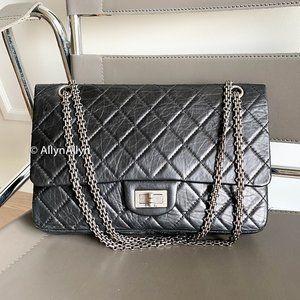 Chanel 2.55 Reissue Classic Flap - Black  Size 227